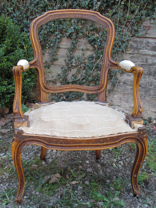 le m tier tapissier ludovic peyvel. Black Bedroom Furniture Sets. Home Design Ideas